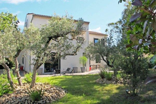 ST-RÉMY-DE-PROVENCE - Annonce Maison à vendre6 pièces - 270 m²