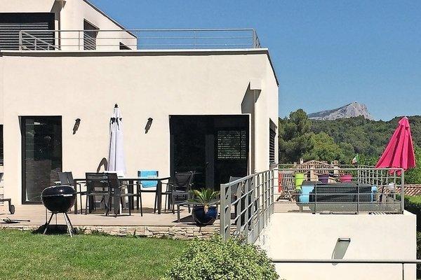 AIX-EN-PROVENCE - Annonce Maison à vendre8 pièces - 250 m²