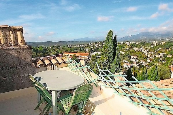CAGNES-SUR-MER - Annonce Maison à vendre5 pièces - 105 m²