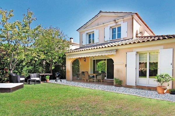 ANTIBES - Annonce Maison à vendre5 pièces - 102 m²
