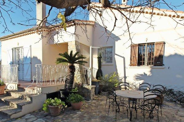JUAN-LES-PINS - Annonce Maison à vendre5 pièces - 150 m²