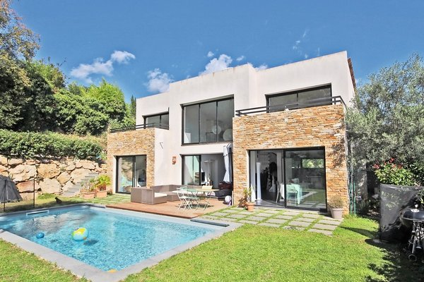 ROQUEFORT-LES-PINS - Annonce Maison à vendre4 pièces - 155 m²