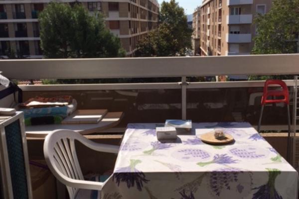 MARSEILLE  5EME - Annonce Appartement à vendreStudio - 28 m²
