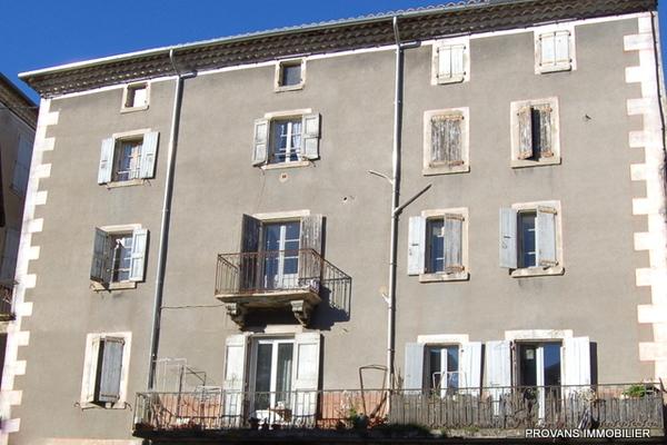 LES VANS - Annonce Bien à vendre15 pièces - 700 m²