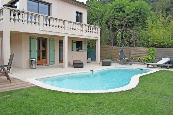 EZE - Annonce Maison à vendre5 pièces - 180 m²