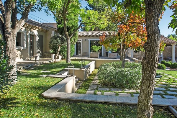 MAUSSANE-LES-ALPILLES - Annonce Maison à vendre7 pièces - 270 m²