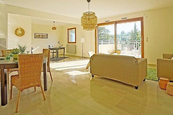 MANDELIEU-LA-NAPOULE - Annonce Appartement à vendre4 pièces - 100 m²