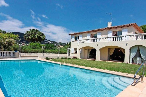 ANTIBES - Annonce Maison à vendre7 pièces - 250 m²