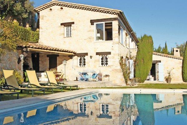 VENCE - Annonce Maison à vendre6 pièces - 230 m²