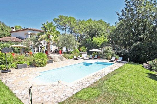ROQUEFORT-LES-PINS - Annonce Maison à vendre6 pièces - 175 m²