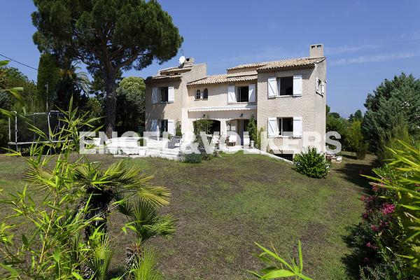 VALLAURIS - Annonce Maison à vendre6 pièces - 250 m²