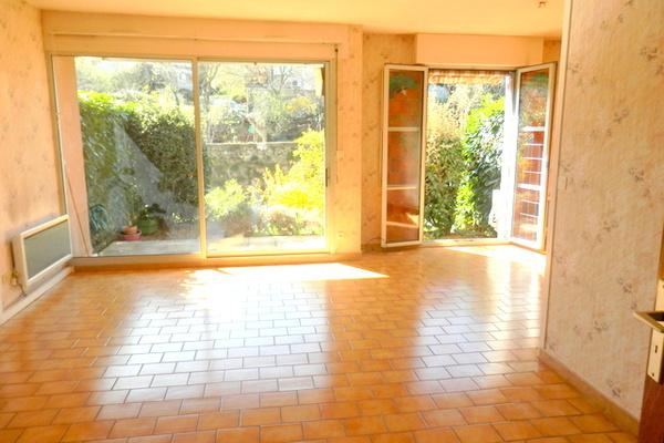 LES VANS - Annonce Appartement à vendre5 pièces - 70 m²