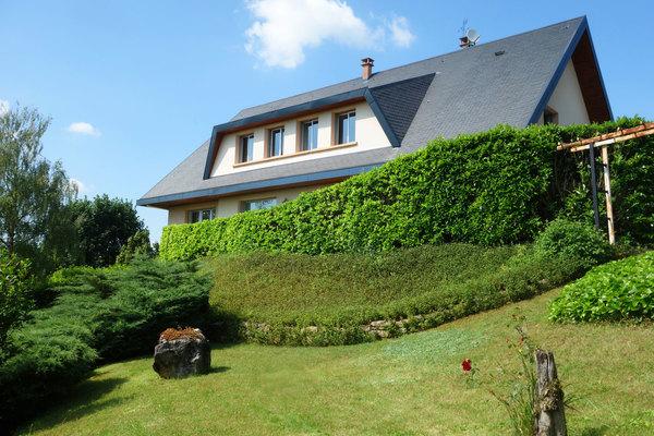 AMBÉRIEU-EN-BUGEY - Annonce Maison à vendre9 pièces - 320 m²
