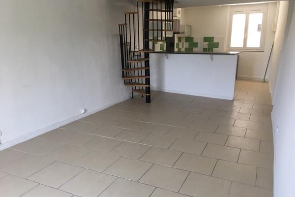 SISTERON - Annonce Appartement à vendre3 pièces - 83 m²
