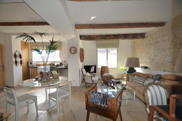 L'ISLE-SUR-LA-SORGUE - Advertisement Apartment for sale3 rooms - 70 m²