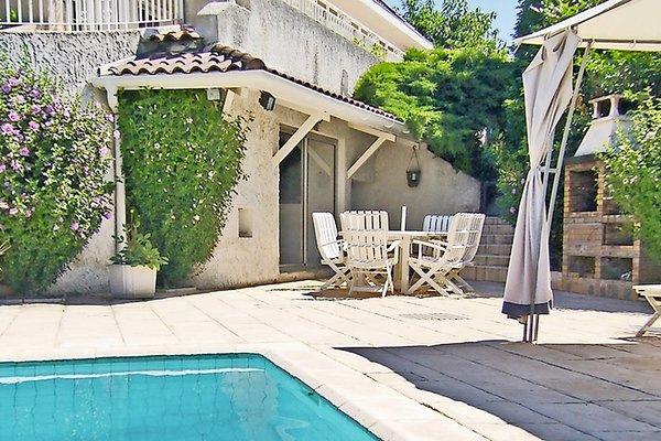 MASSIEUX - Annonce Maison à vendre9 pièces - 250 m²