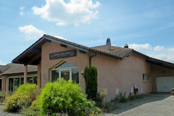 LAGNIEU - Annonce Maison à vendre2 pièces - 200 m²