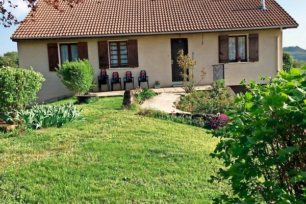 SERRIERES DE BRIORD - Annonce Maison à vendre7 pièces - 132 m²