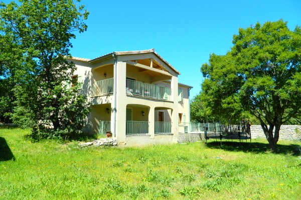LES VANS - Annonce Maison à vendre10 pièces - 208 m²