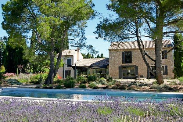 vente maison villa 7 pi ces 345 m st remy de provence actuel immobilier saint r my de. Black Bedroom Furniture Sets. Home Design Ideas