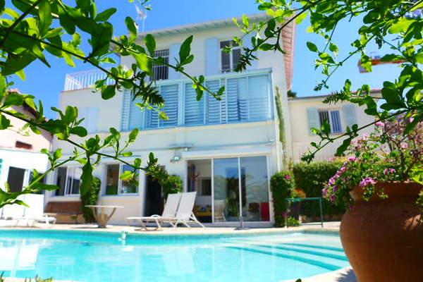 VENCE - Annonce Maison à vendre8 pièces - 196 m²