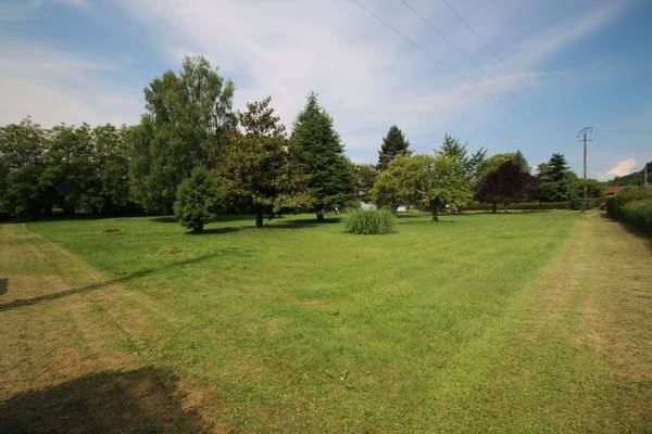 MAGNIEU - Annonce terrain à vendre1093 m²