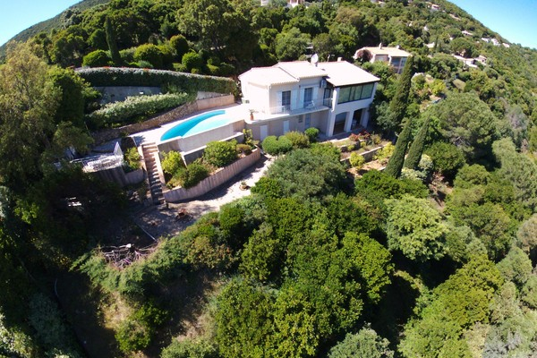 LA CROIX-VALMER - Annonce Maison à vendre5 pièces - 140 m²