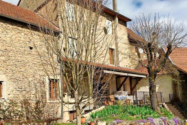 LAGNIEU - Annonce Maison à vendre5 pièces - 125 m²