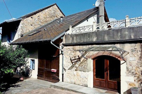 ST MARTIN DE BAVEL - Annonce Maison à vendre7 pièces - 180 m²