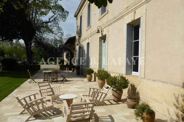 BORDEAUX - Advertisement House for sale 14 rooms - 530 m²