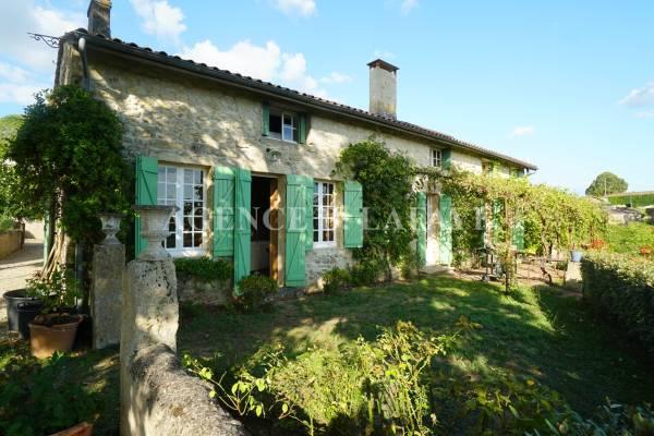 BORDEAUX - Advertisement House for sale9 rooms - 280 m²