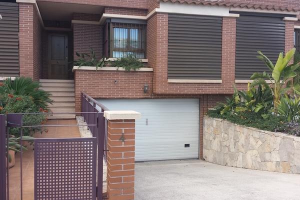 ALICANTE - Annonce Maison à vendre8 pièces - 276 m²