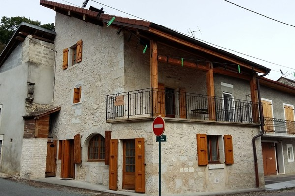 CEYZERIEU - Annonce Maison à vendre3 pièces - 83 m²