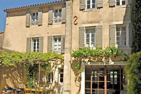 vente maison villa 7 pi ces 180 m st remy de provence emile garcin saint r my 1408059. Black Bedroom Furniture Sets. Home Design Ideas