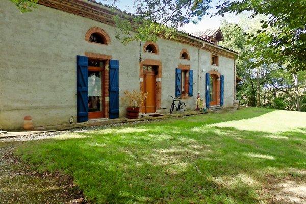 L ISLE JOURDAIN - Annonce Maison à vendre10 pièces - 380 m²