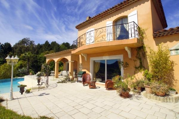 LES ADRETS-DE-L'ESTÉREL - Annonce Maison à vendre6 pièces - 188 m²