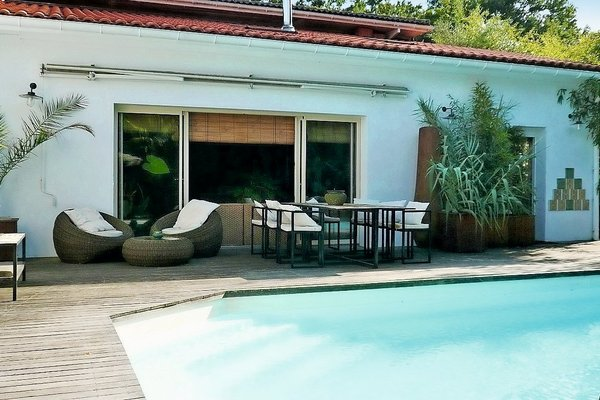 vente maison villa 6 pi ces 200 m la teste de buch. Black Bedroom Furniture Sets. Home Design Ideas