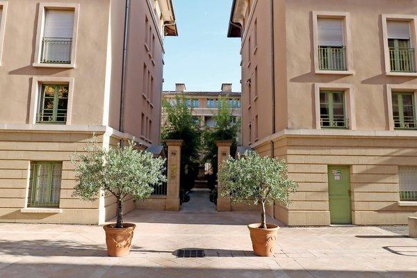 Vente appartement 7 pi ces 160 m aix en provence bec - Bureau de change aix en provence cours mirabeau ...