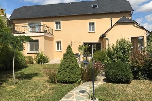 REQUISTA - Annonce Maison à vendre8 pièces - 141 m²