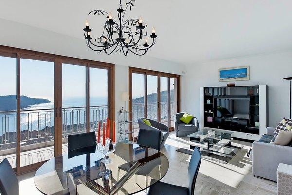VILLEFRANCHE-SUR-MER - Annonce Appartement à vendre3 pièces - 91 m²