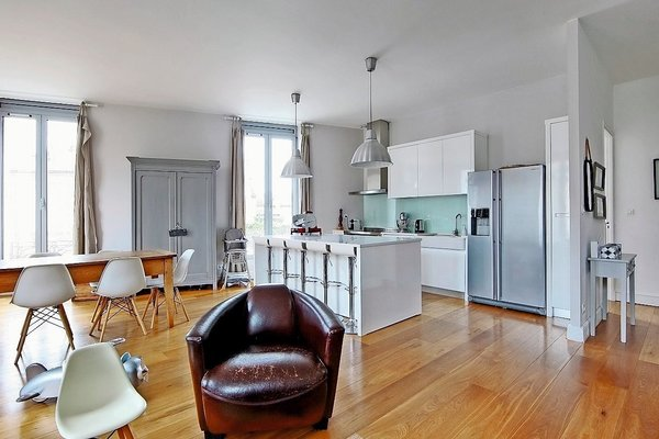 BORDEAUX - Advertisement House for sale 5 rooms - 150 m²
