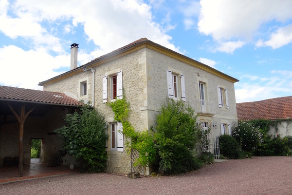 Maison à vendre à VIC FEZENSAC  - 8 pièces - 235 m²