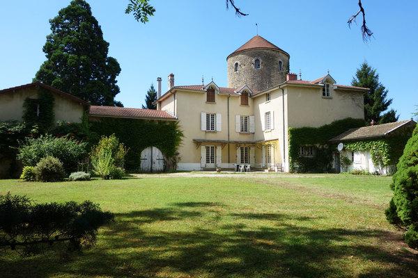 AMBÉRIEU-EN-BUGEY - Annonce Maison à vendre14 pièces - 490 m²