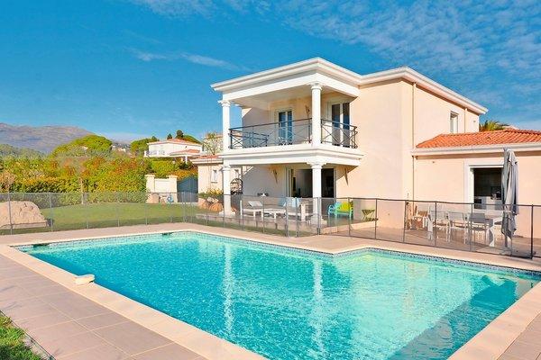 LA COLLE-SUR-LOUP - Annonce Maison à vendre4 pièces - 150 m²