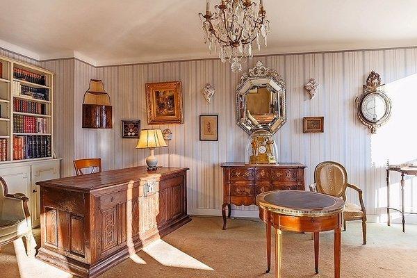 vente appartement 4 pi ces 103 m hyeres agence verdino 1498047. Black Bedroom Furniture Sets. Home Design Ideas