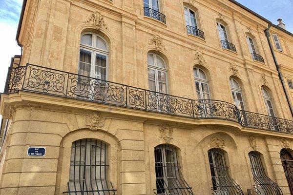 AIX-EN-PROVENCE - Annonce Appartement à vendre9 pièces - 400 m²
