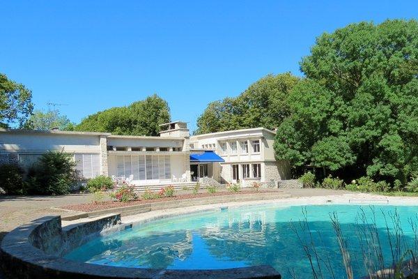 PORTES EN VALDAINE - Annonce Maison à vendre14 pièces - 470 m²