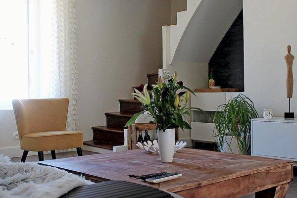 AMBERIEUX EN DOMBES - Annonce Appartement à vendre5 pièces - 180 m²