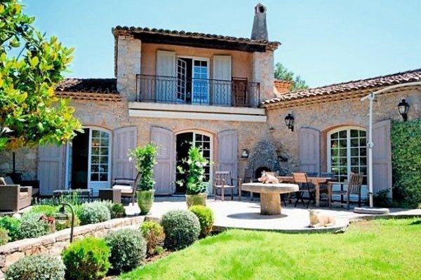 GRASSE - Annonce Maison à vendre10 pièces - 367 m²