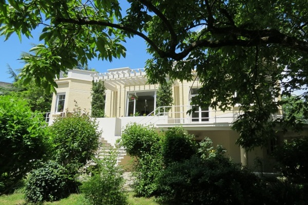 CREST - Annonce Maison à vendre8 pièces - 212 m²